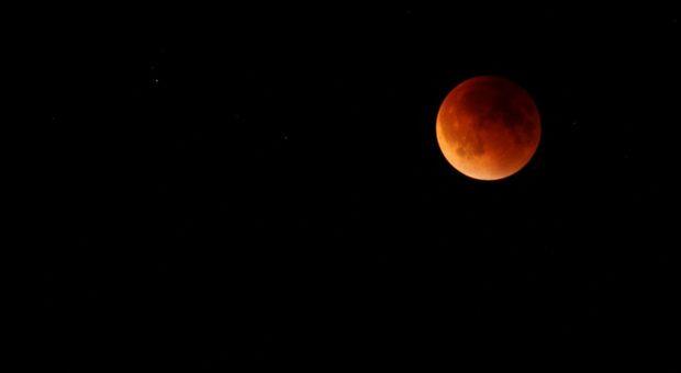 eclissi luna 16 luglio roma