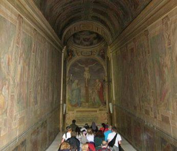 scala santa roma apertura