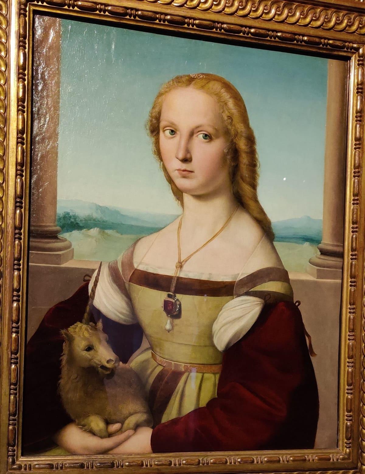 Dama-col-liocorno-Raffaello-min