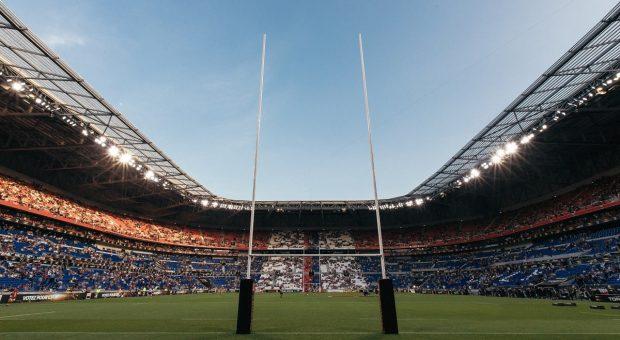 Stadio-rugby-vuoto-min